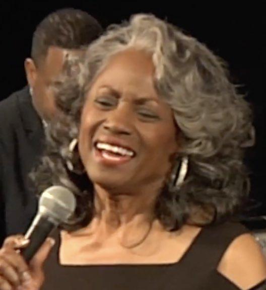Paula Chavis In Concert