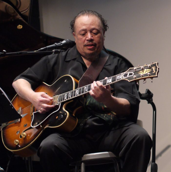 Geary Moore Live Streaming Concert